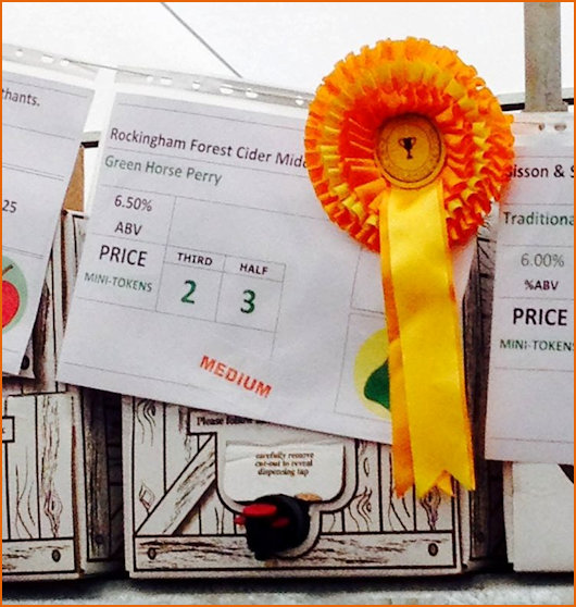Gold Rosette awareded to Green Horse Perry